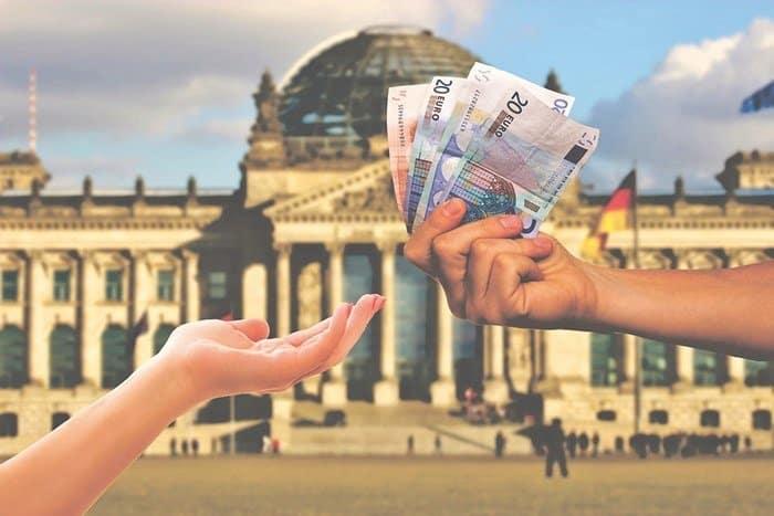Photo of Almanya Vatandaşı Nasıl Olunur, Şartları Nelerdir ?